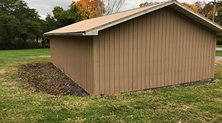 Shed with no brush